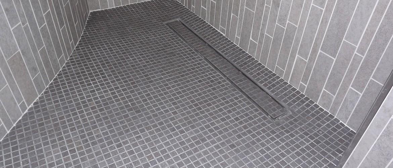 Mosaici baldassarra ristrutturazioni e costruzioni edili bari matera - Doccia a pavimento mosaico ...